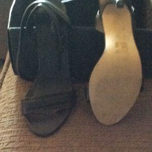 Shoe Mint black Sandals